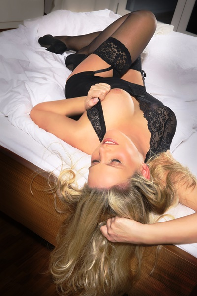 Carmen Mature Escort